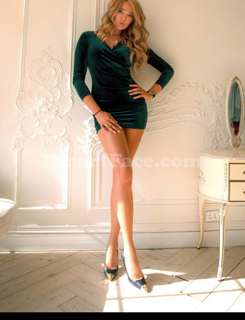 Look at escort travel girls and get sex with VALERIA
